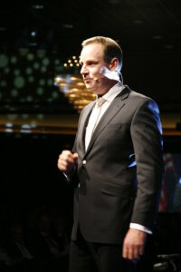 20100211 SMA Sales Event Optreden Paul Nanninga